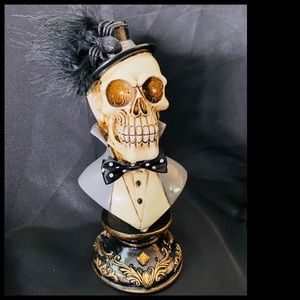 Elegant Skeleton Bust with Top Hot & Bow Tie